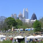 Dogwood_Festival_in_Piedmont_Park_with_Midtown_Atlanta_skyline_in_background